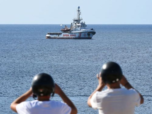 La France s'engage à accueillir 40 migrants de l'Open Arms