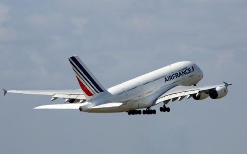 Air France:  les pilotes veulent 10,7% d'augmentation, la direction propose +0,6%