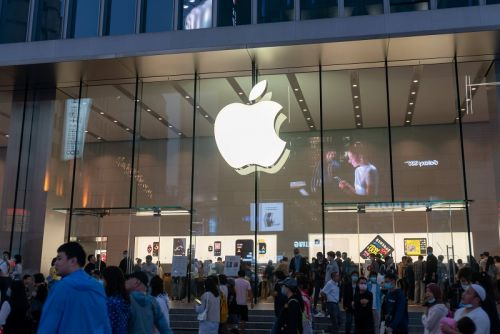 Morning Meeting:  La déception Apple va peser en Bourse, Total, Safran et Saint-Gobain en ligne de mire