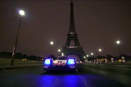 "La Porsche 919 s'offre un ""Paris by night"""