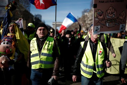 """Gilets jaunes"", l'incertitude démocratique"