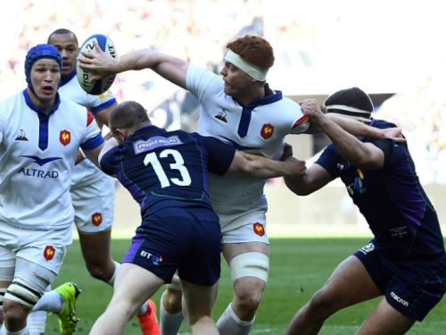 Six Nations: le XV de France mène à la mi-temps contre l'Ecosse (10-3)