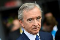 Bernard Arnault rejoint le club des fortunes de plus de 100 milliards de dollars