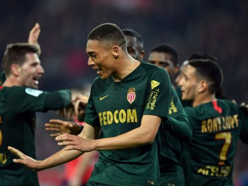 Ligue 1: Lille, battu par Monaco 1-0, rate l'occasion de mettre le 3e Lyon à 10 points