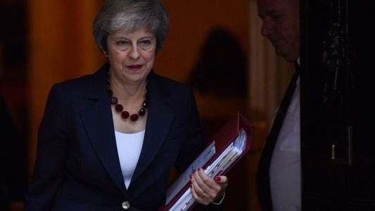 Discussions décisives sur le projet d'accord de Brexit entre Theresa May et son gouvernement