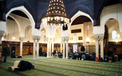 Islam de France:  une association attaque l'Etat et l'accuse de punition collective