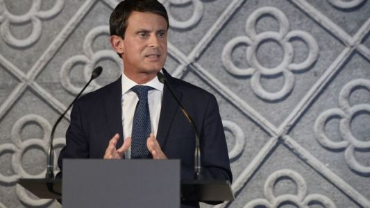 Manuel Valls officialise sa candidature aux municipales à Barcelone