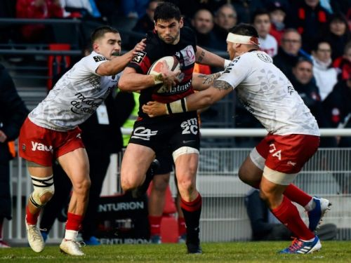 Top 14: Lyon reprend la tête en battant Toulon