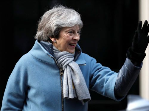 May va formellement demander à l'UE un report du Brexit